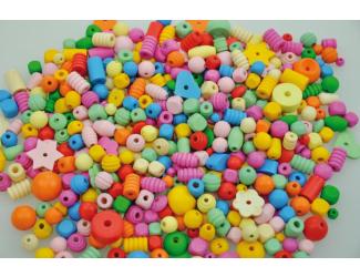 Dřevěné korálky barevné pastelové 250gr.