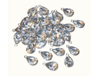 Přívěsky ve tvaru diamantů - plastové, 50 ks, 3 cm