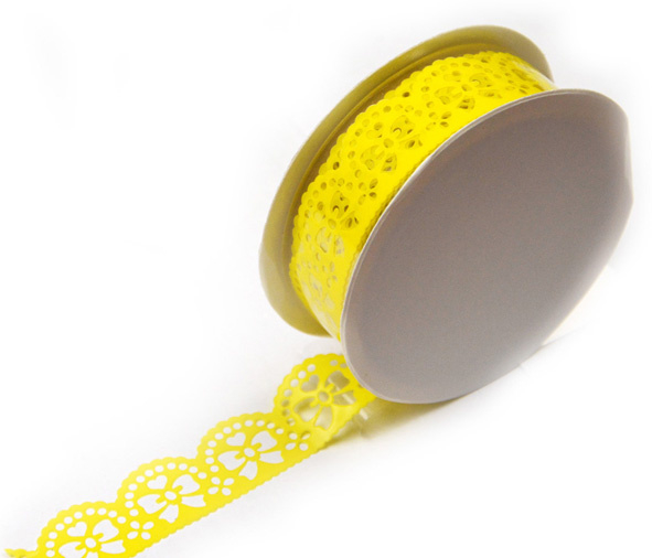 Samolepicí krajka - žluté mašličky 1,8 cm x 1 m